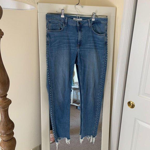 Zara Raw Hem Studded Skinny Jeans Size 12